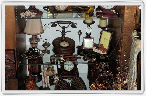 Accessories and Metal Décor